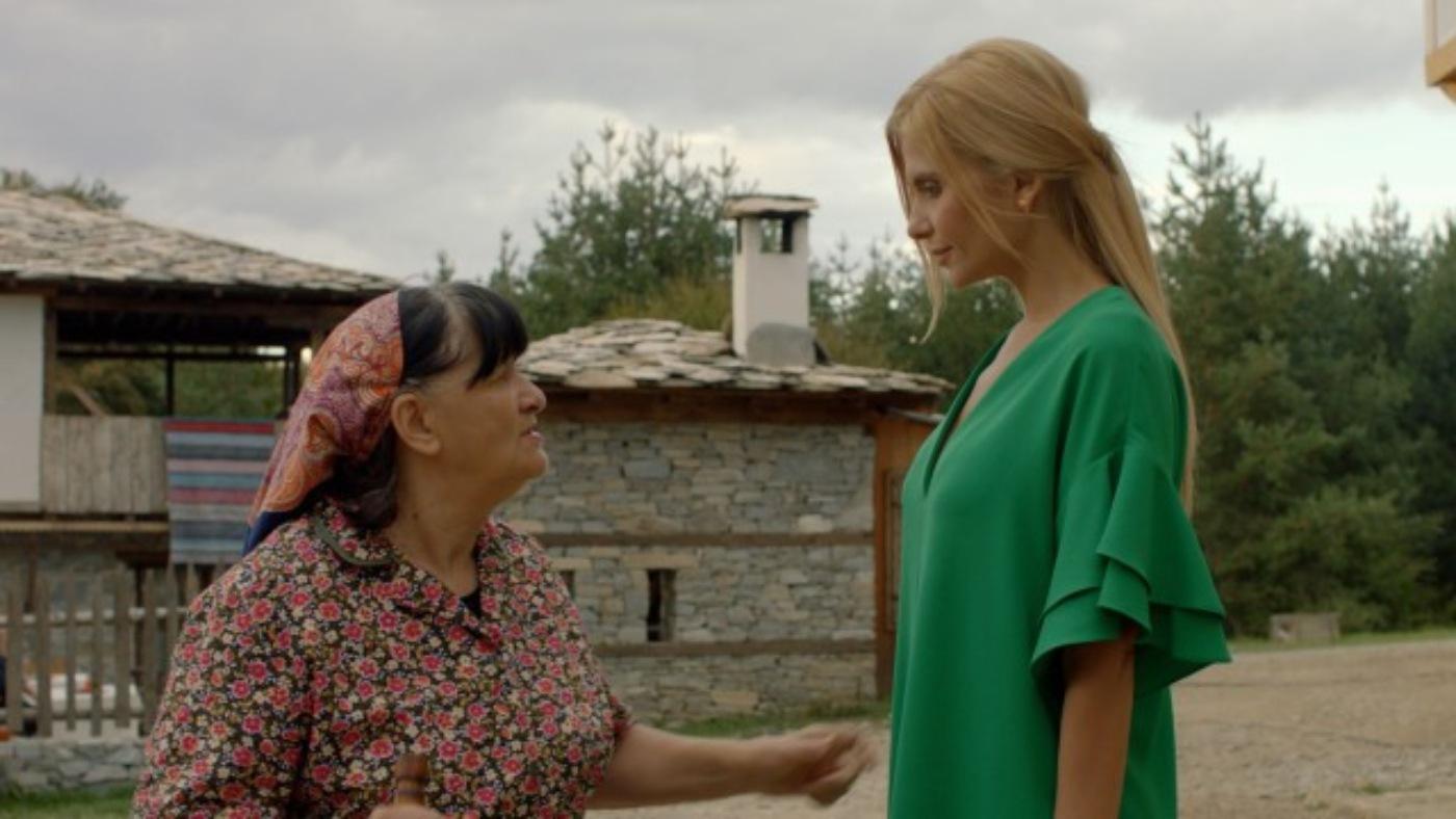 Анелия с роля в български филм