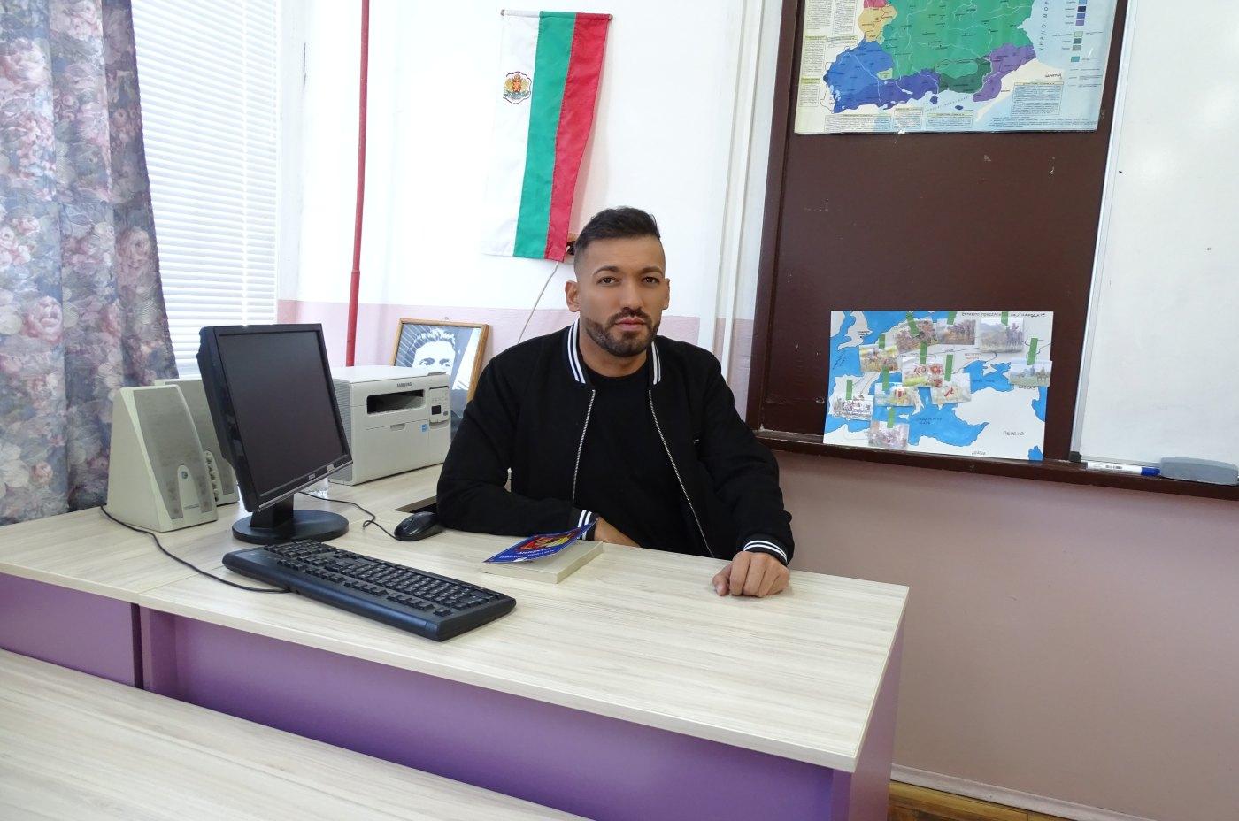 Дамян Попов смени професията за ден