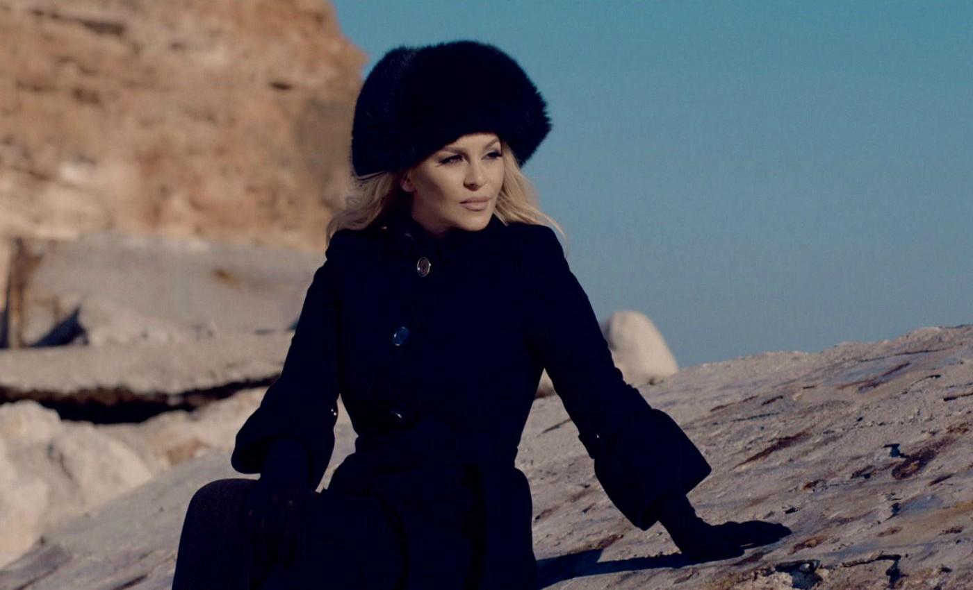 Деси Слава пее в Лас Вегас на Стефановден