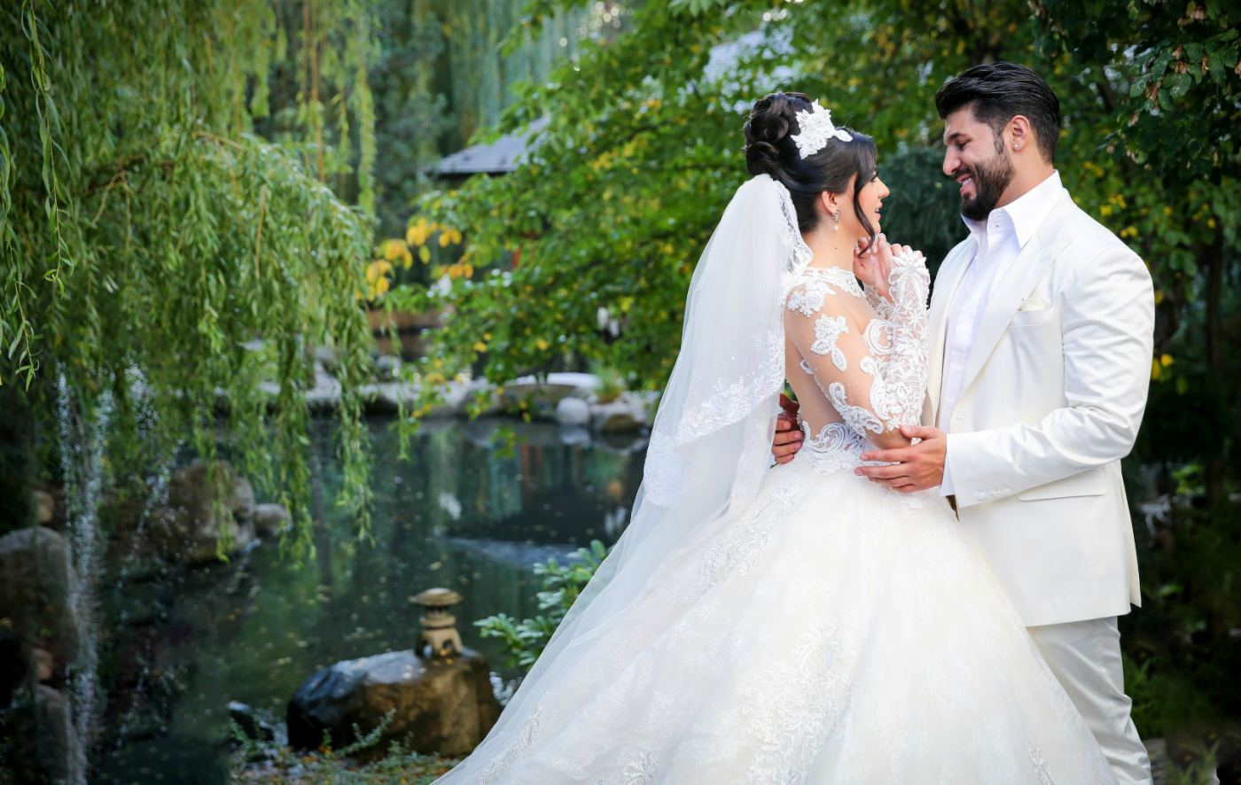 Приказна сватба вдигнаха Фики и Гюлджан, а през март очакват бебе