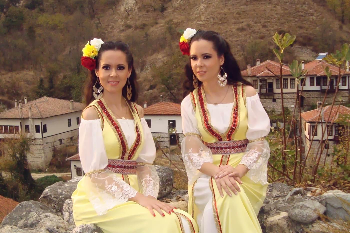 Мария и Магдалена Филатови с първи проект за 2019