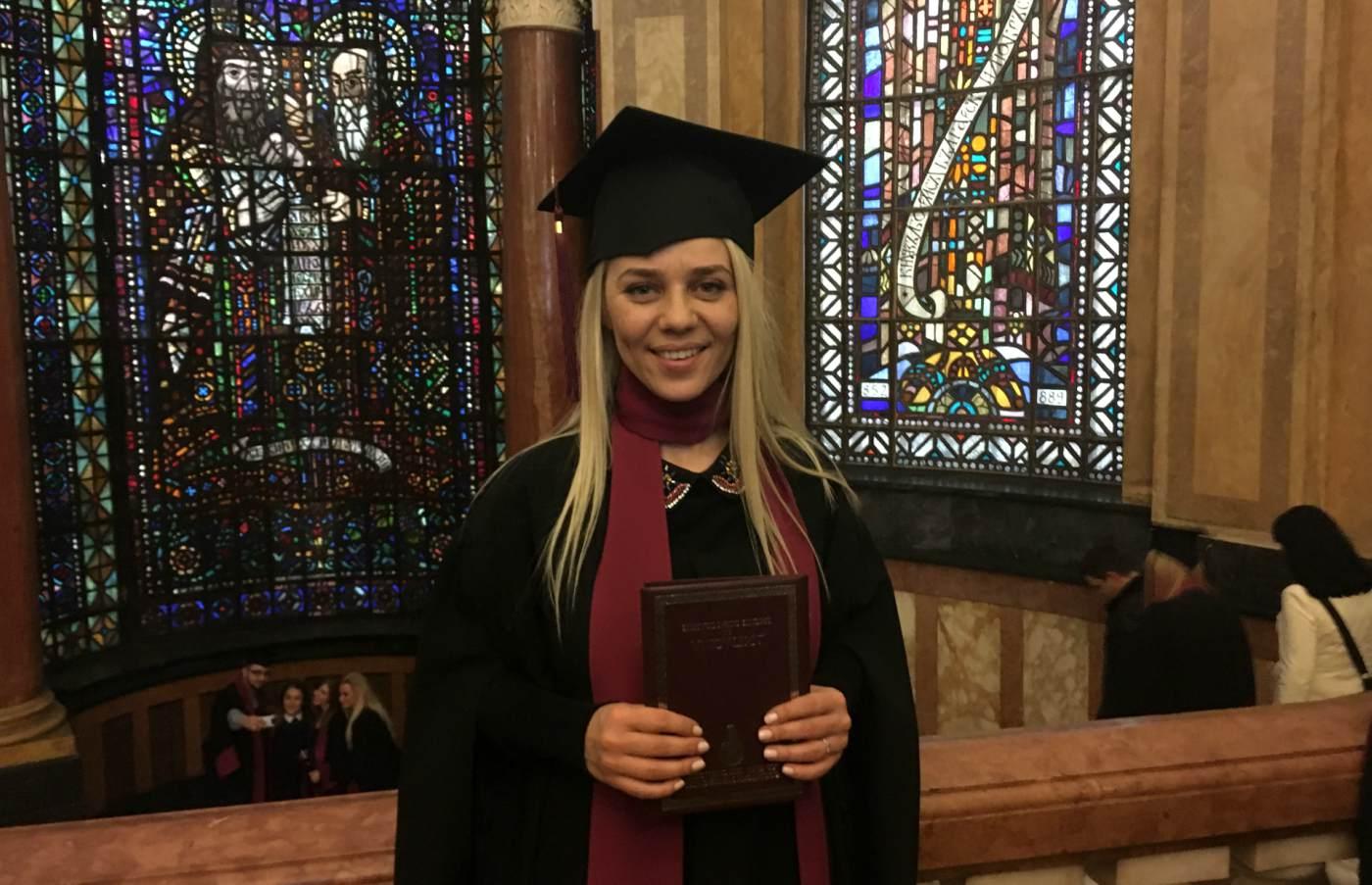 Честито дипломиране, Гергана!