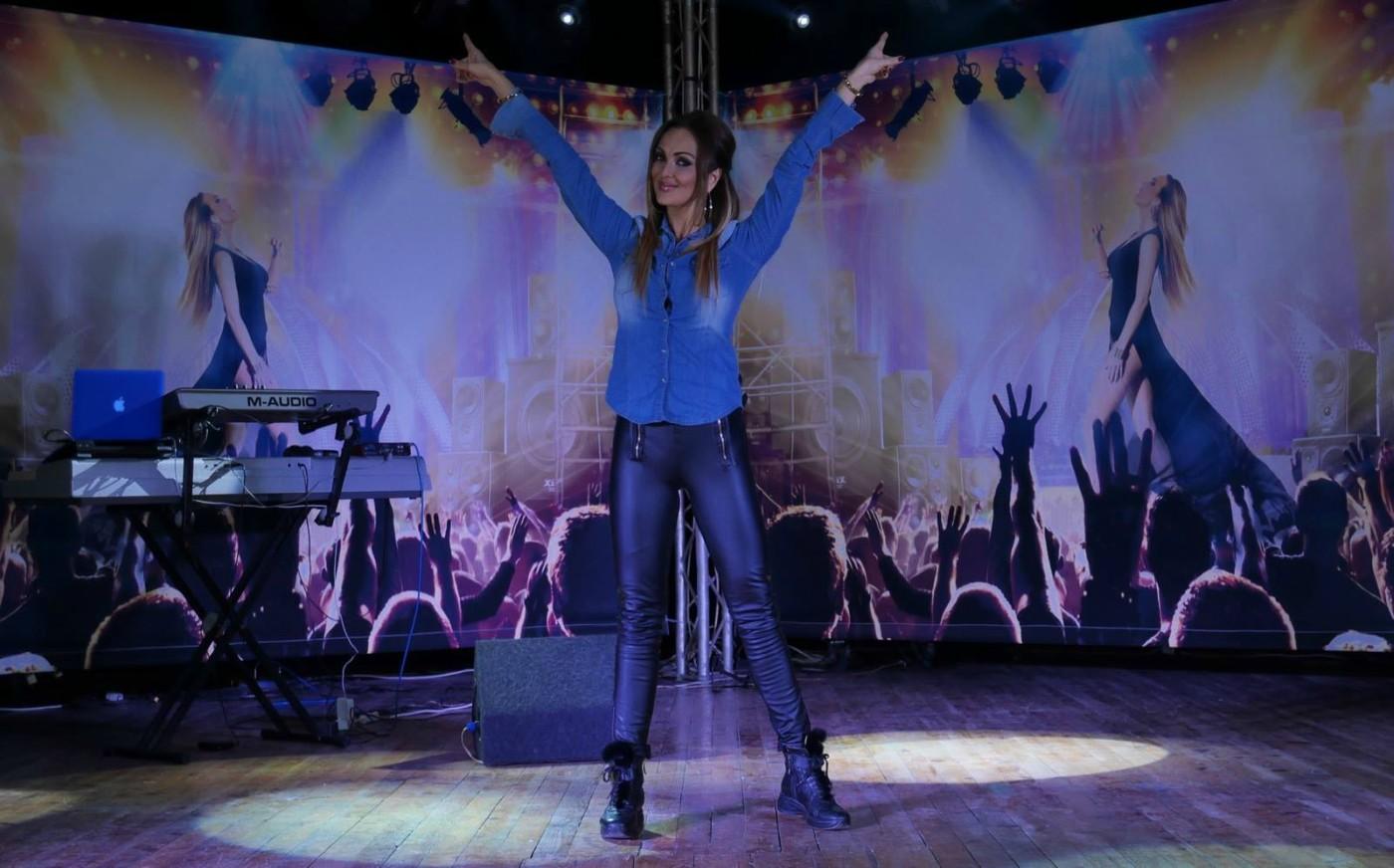 Пълни зали и огромен интерес към турнето на Глория и Симона Загорова