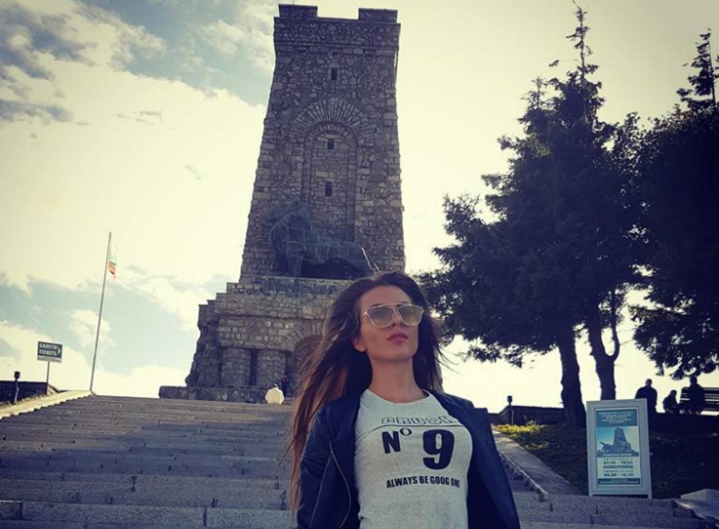 Крисия D: Обичам България!