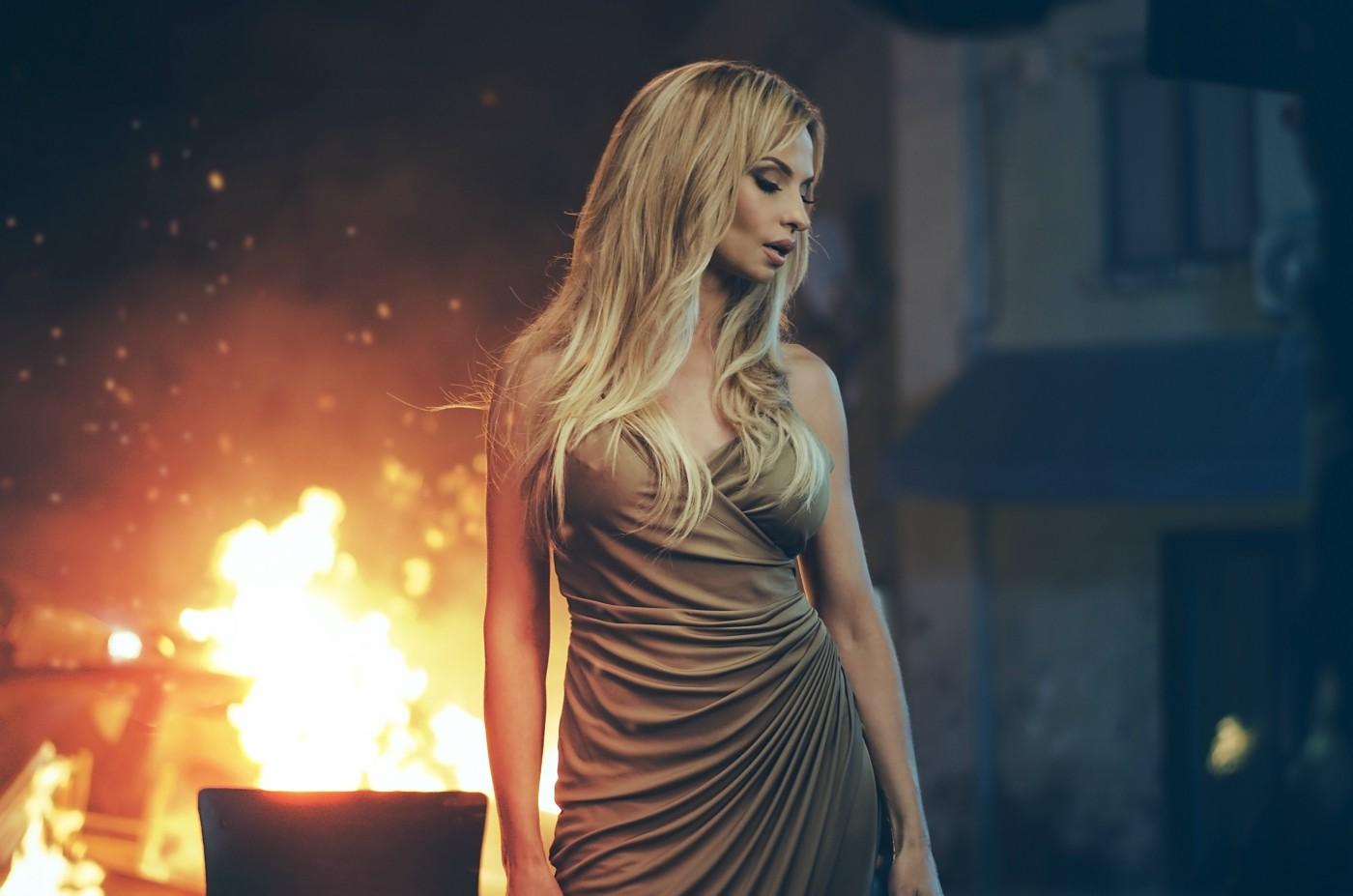 """Премиера за """"Не те забравям"""" на Малина"""