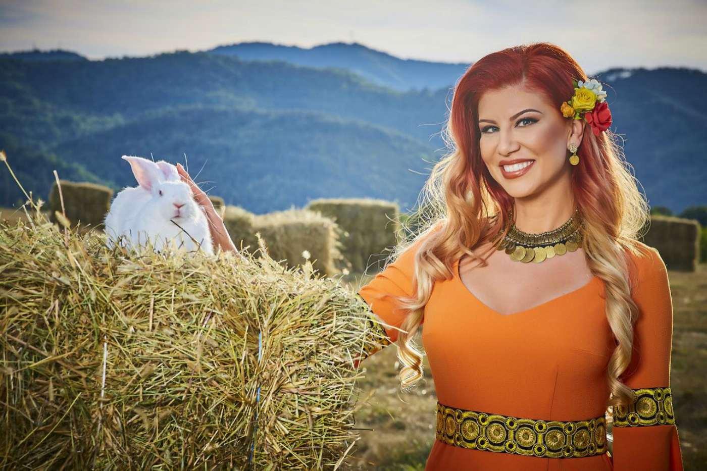 Нелина с нова фолклорна програма тази есен