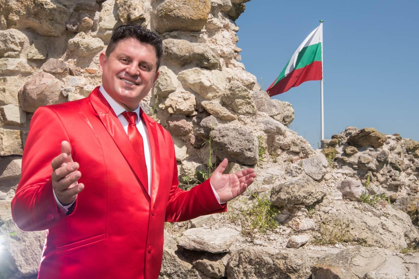 Николай Славеев: Хоротеките обединяват нацията