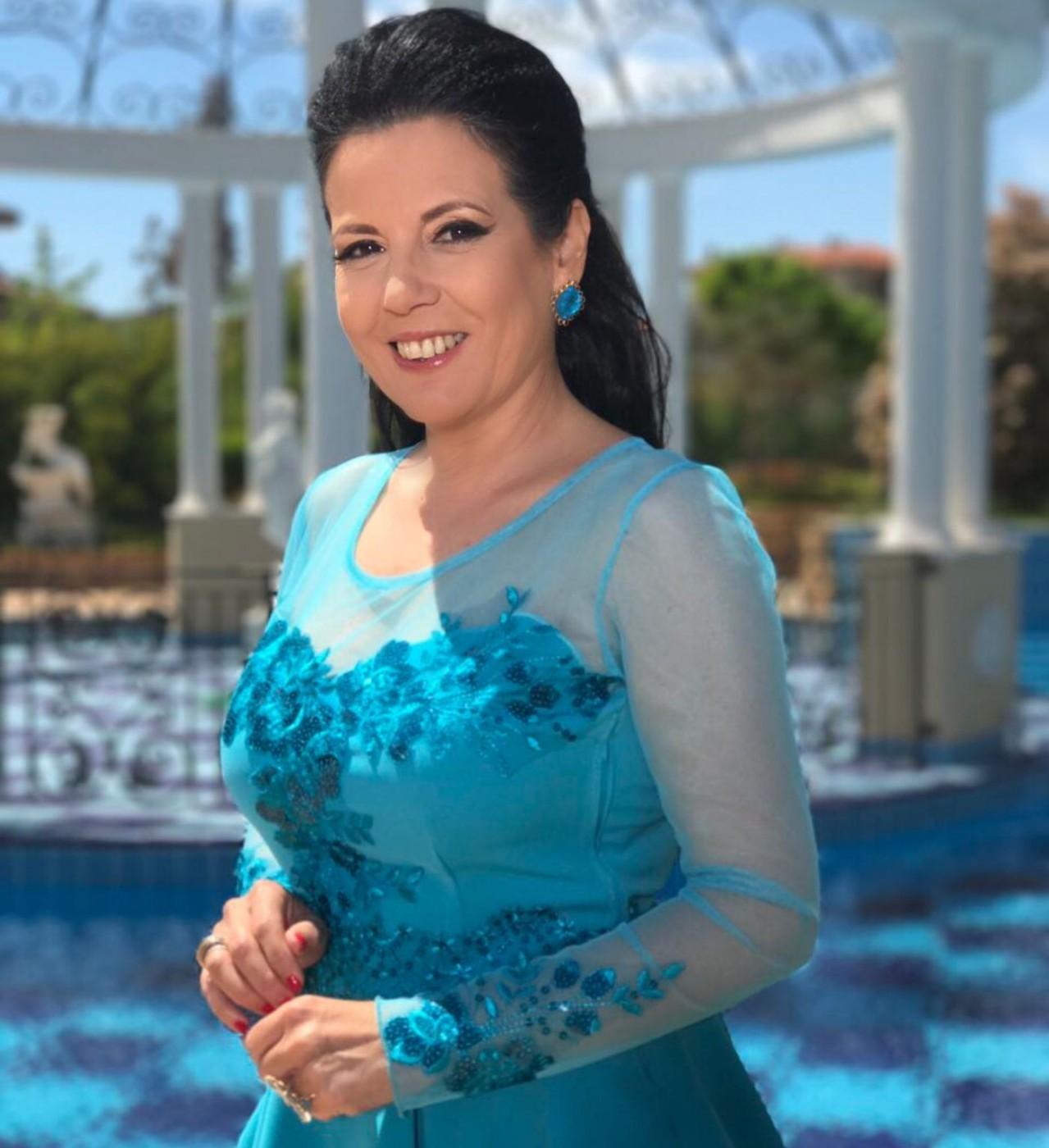 Надя Стоева вярва в силата на българската носия