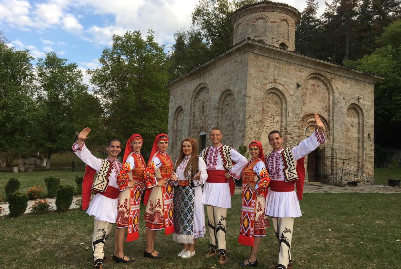 Пепи Христозова с нова фолклорна програма