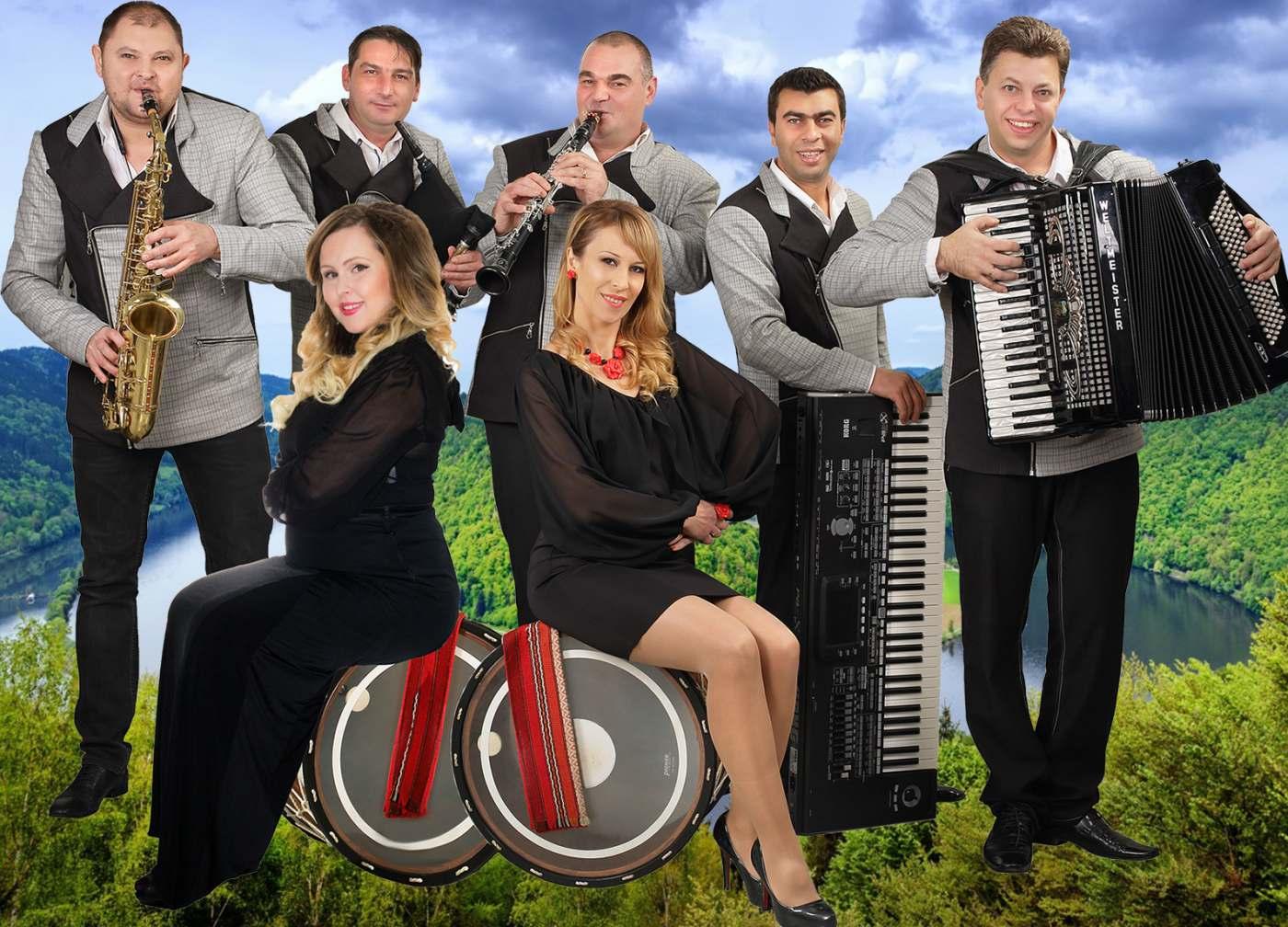"""Оркестър """"Плам"""" отбелязва 15 години на музикалната сцена"""