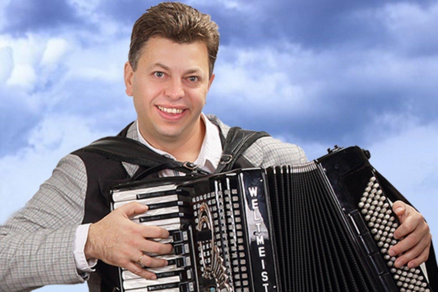 Пламен Димитров: Любовта ми към акордеона се зароди в детството