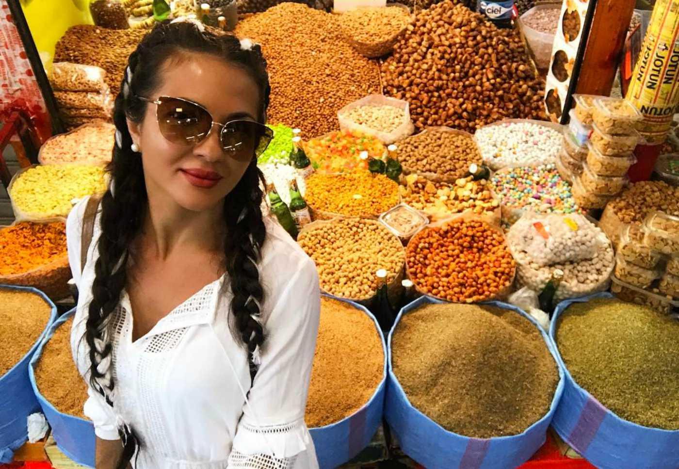 След Турция, Райна избра Мароко