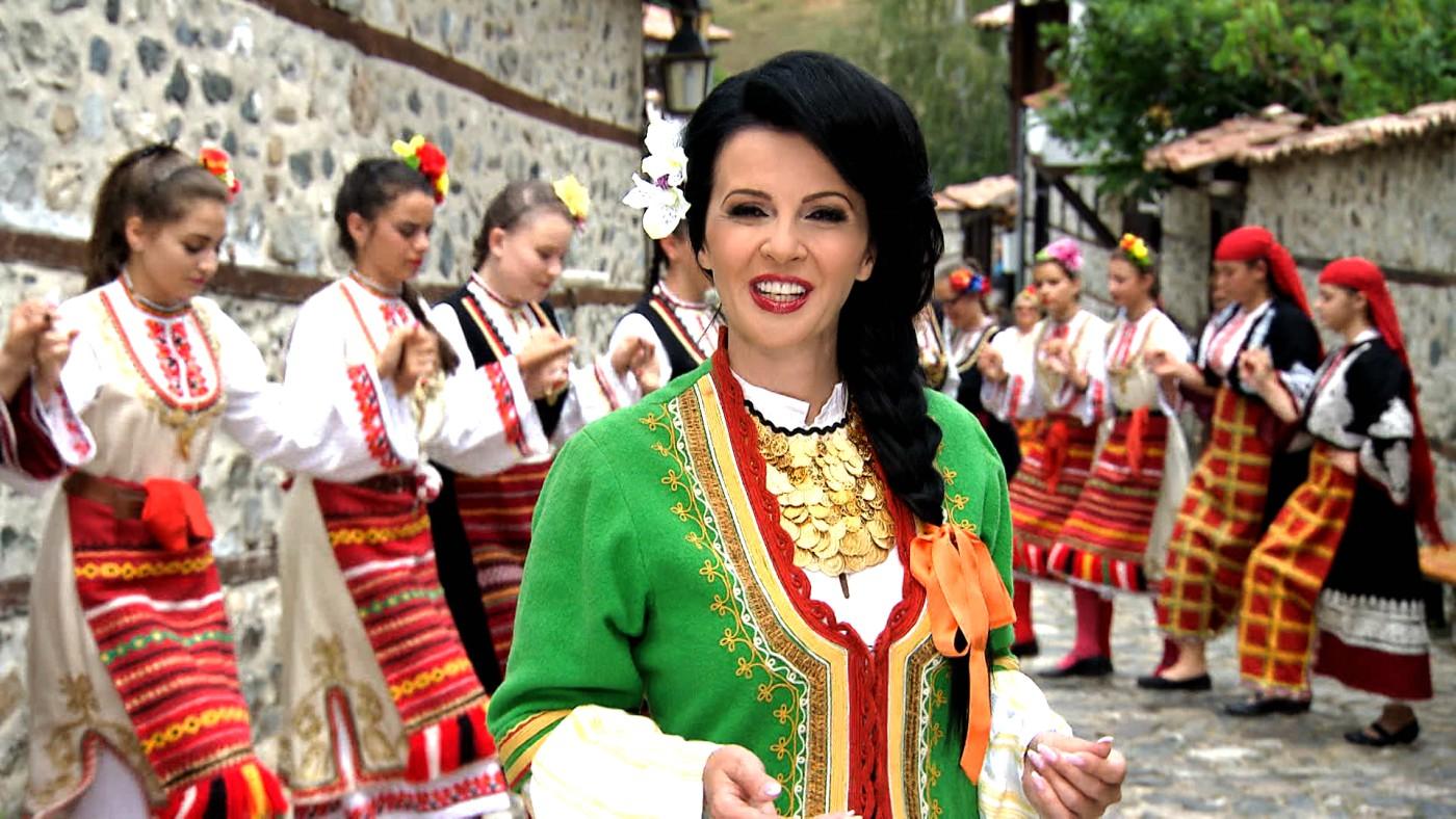 """""""Милувка от Родопите"""" – за рождения ден на Росица Пейчева"""