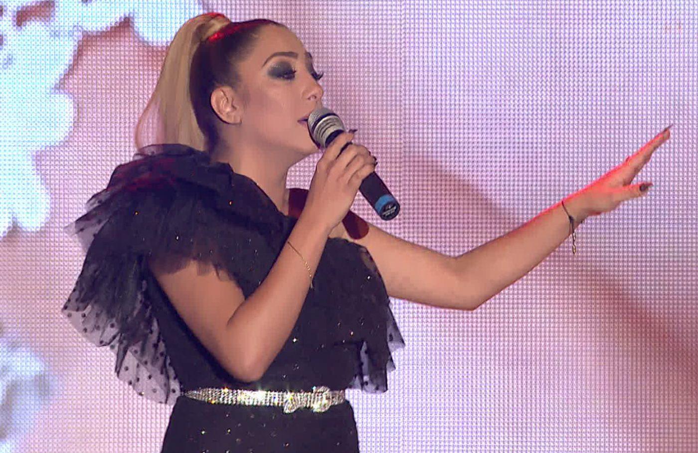Роксана записва дует със своя идол