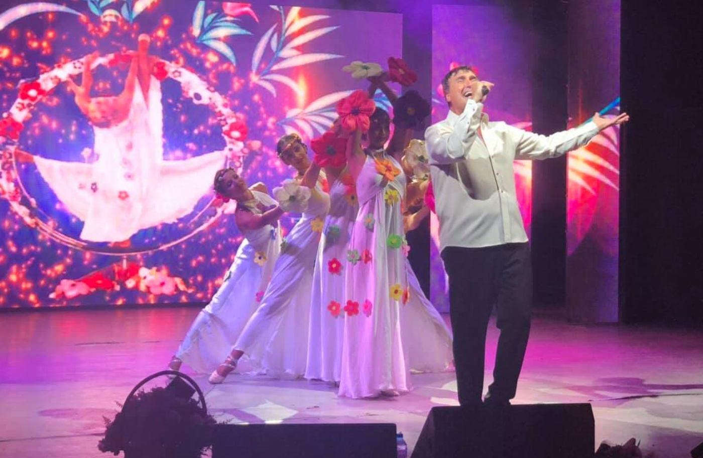 "Веселин Маринов се готви за ""Полските щурчета"" и един специален концерт"