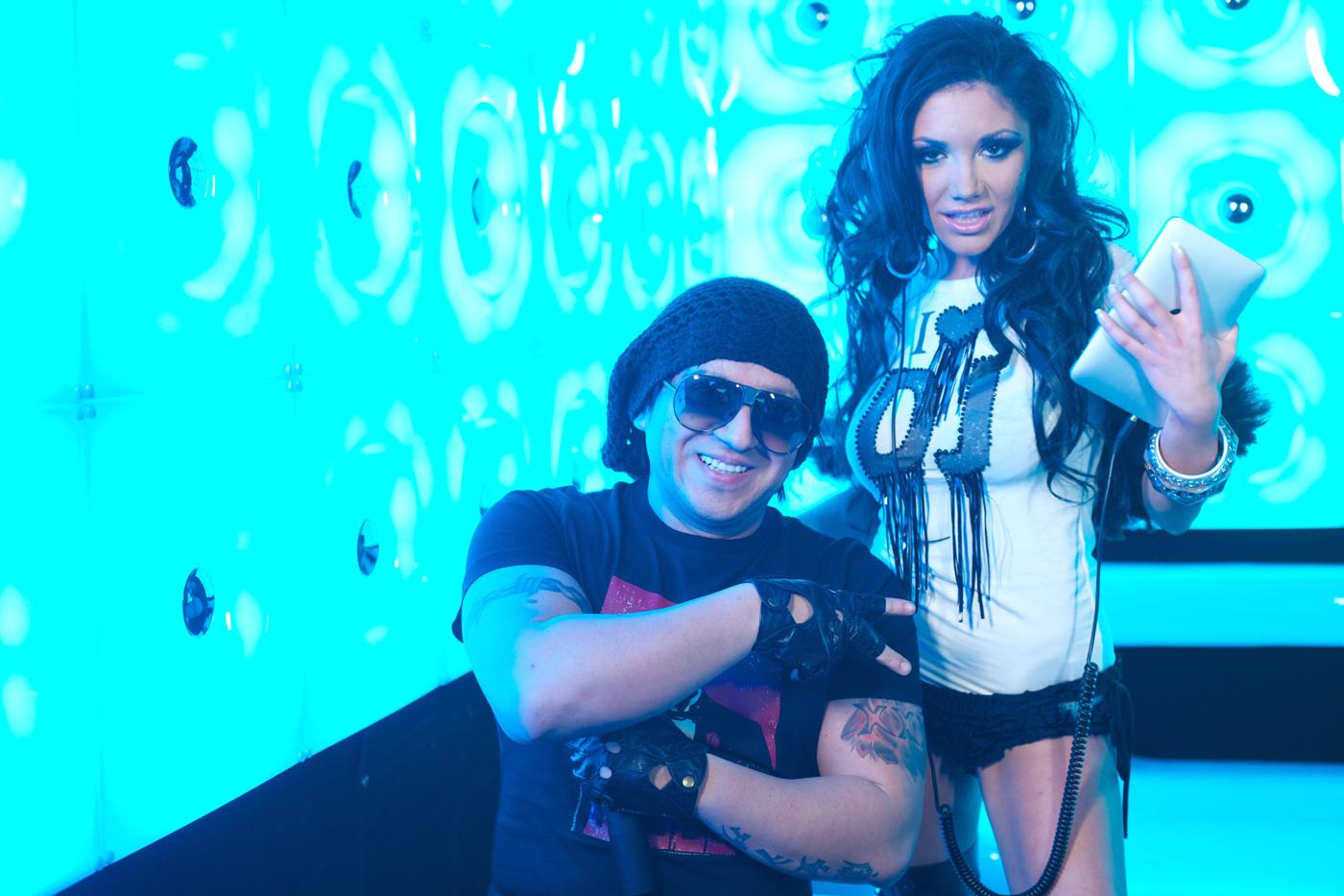 Яница и DJ Живко Микс със съвместен концерт в Белгия
